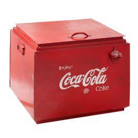 Masuta Living/ Lada bauturi design Coca-Cola