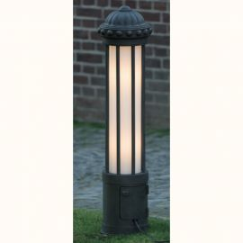 Stalpi Fier Forjat - Stalp cu priza, iluminat exterior din fier forjat, inaltime 111cm AL 6856