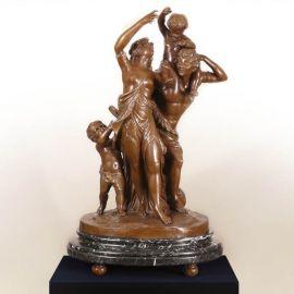 Figurina / Statueta decorativa de LUX din bronz C. M. Clodion