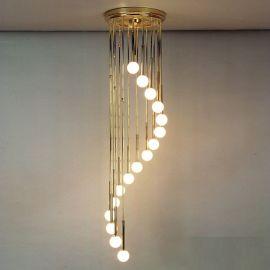 Lustra casa scarii cu 16 surse de lumina Spiralluster, auriu